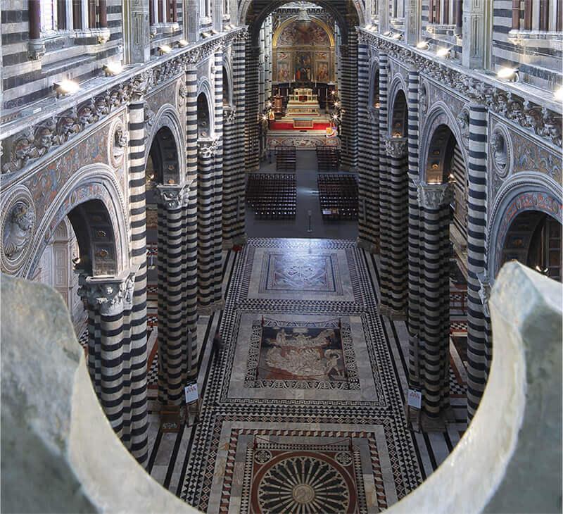 Visita il pavimento del Duomo di Siena